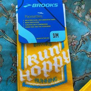 Brooks Calf Socks